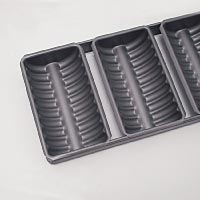 Scallop-Edged Cake Tins & Sets